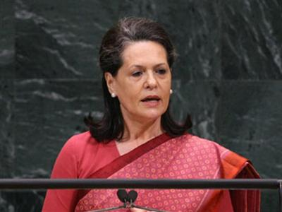 Sonia world's 6th most powerful woman–Forbes Mag